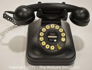 Reproduction Grand Telephone, Black with Flash Redial PF Products