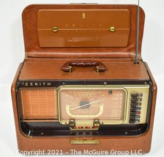 """Vintage Tube Radio by Zenith Trans-Oceanic """"Wave Magnet"""" USA R-520 """"U.S.A. Property"""" with Army Manual"""