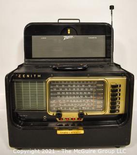 Vintage Tube Radio Zenith Trans-Oceanic - Wave Magnet B600