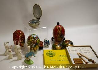 Group of Vintage Easter and Easter Egg Items.