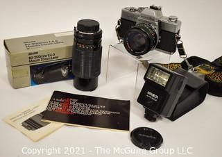 Vintage Minolta SRT 201 35mm & 80-200 macro zoom Lens Rokkor-X Japan with Accessories & Manuels.