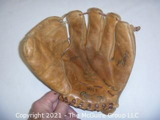 Vintage Softball Glove: 1960's  Rawlings Mickey Mantle MM9 Deep Pocket Right Handed