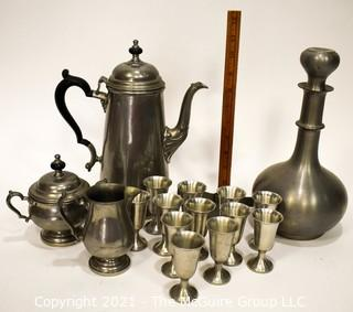 Oneida Heirloom Pewter Coffee Set, Pewter Decanter with Cups.