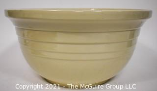 Vintage White Pottery Eight (8) Quart Ohio Roseville Dough Bowl