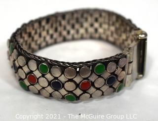 Vintage Unmarked Sterling Silver with Enamel Decoration Mesh Chain Mail Bracelet with Screw Pin Shackle Clasp. Weighs 75g