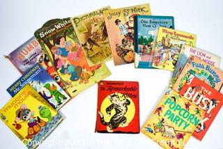 Large Group of Vintage Children's Paperback Books.