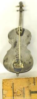 Sterling Silver Made in Mexico Violin Shaped Brooch or Pin with Makers Mark HD. 5g total weight