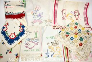 Group of Vintage Mid Century Printed & Embroidered Linens.