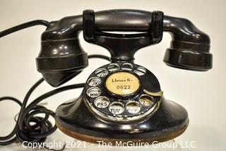 Vintage Black Bakelite Rotary Dial Telephone.