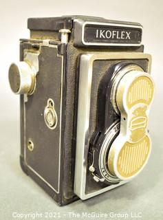 Vintage Zeiss Ikon Ikoflex Twin Lens Reflex Camera