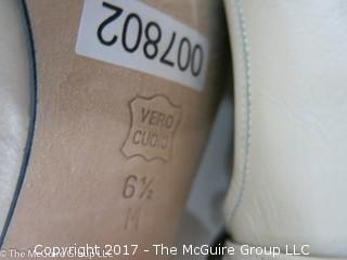 "Ladies new ""Vaneli"" Italian Made leather shoes; size 6 1/2"