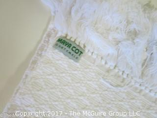 Sets of various linens (placemats)
