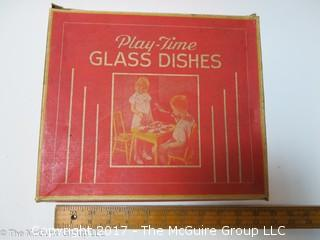 Children's glass dish set in original box (Note: lower right cup needs repair)