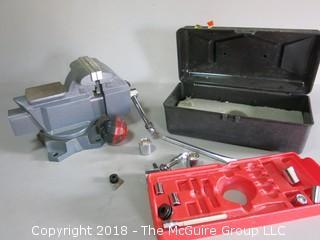 Craftsman #4622 bench vise and socket set