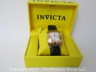 "INVICTA ""Rotating Face"" Men's Watch with original box"