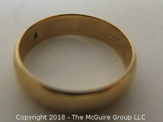 Men's 14K Gold Band; total weight 6g