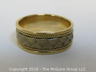 14K Gold Men's Ring; total weight 8g