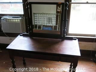"Cowan Mahogany Dessing Table with Mirror; 22 x 48 x 30""T"