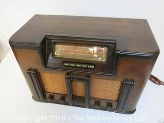 Non-Working Mid-Century Radio