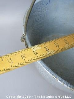 Very Large Graniteware basin; with handle