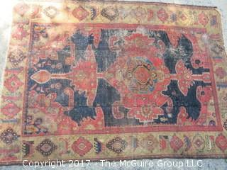 4 1/2' x 6 1/2' carpet (Note: condition issues)