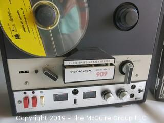 Realistic Reel to Reel Tape Recorder Model 909 with removable speakers