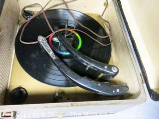 Vintage Magnazox Stereo (turntable not working)