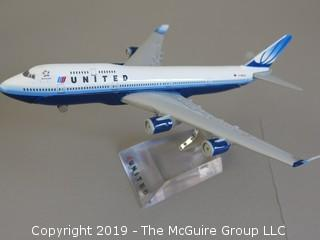United Airlines Metal Scale Model Boeing 747-400; and presentation box