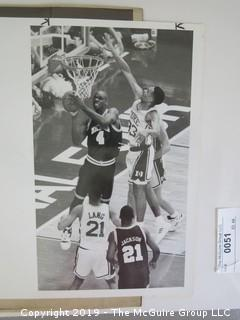Black and White Basketball photos including Chris Webber/Grant Hill