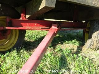 Standard Metal Frame Hay Wagon