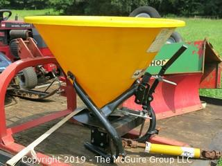3 point Broadcast Tractor Driven Fertilizer Spreader