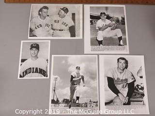 Photo: press credited: Historical; Americana: Baseball: named players including Hoyt Wilhelm and Dick Straws