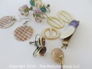 Jewelry: Asst. of sea shell style earrings and loops