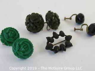 Jewelry: 3 pair of carved/faceted earrings. Various material. Oval black acorn pin.
